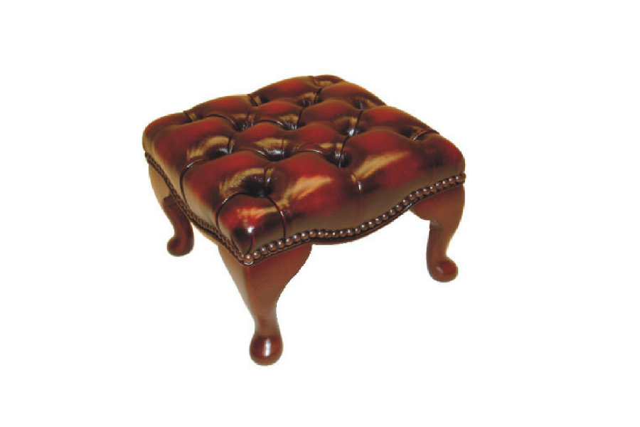 Der handgefertigte Chesterfield Hocker – passend zu Ihrem Chesterfield Sessel